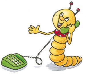 Bücherwurm telefoniert